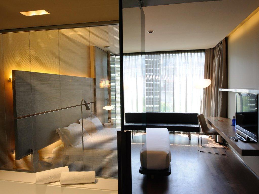 B-hotel Image 0