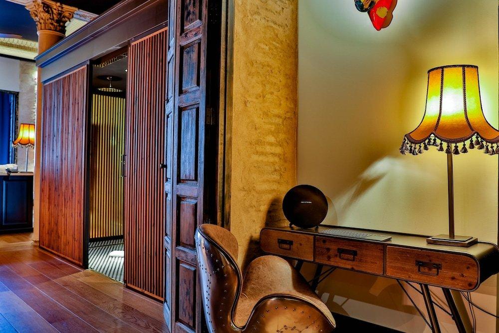Hotel Lobby Room Seville Image 6