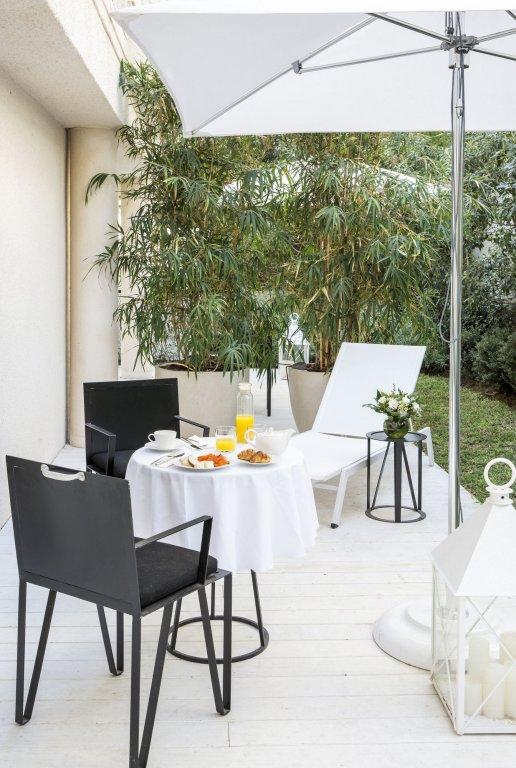 White Villa Tel Aviv Image 14