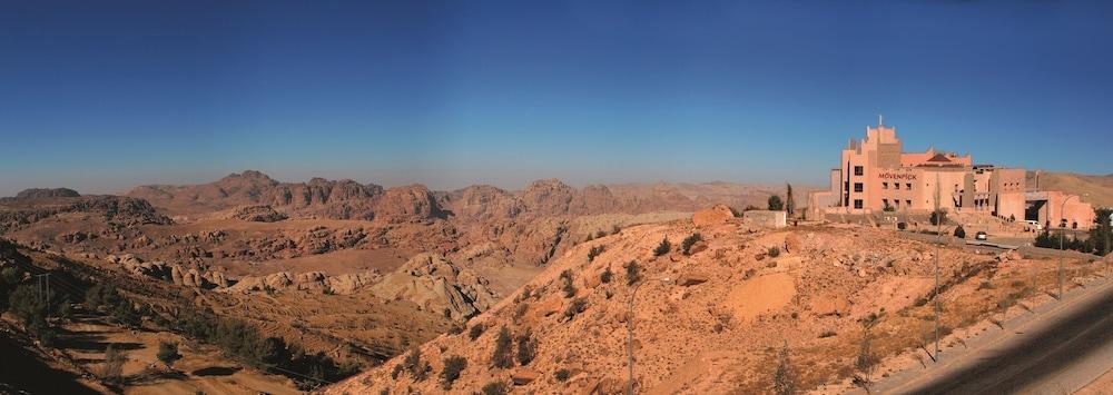 Movenpick Nabatean Castle Hotel, Petra Image 14