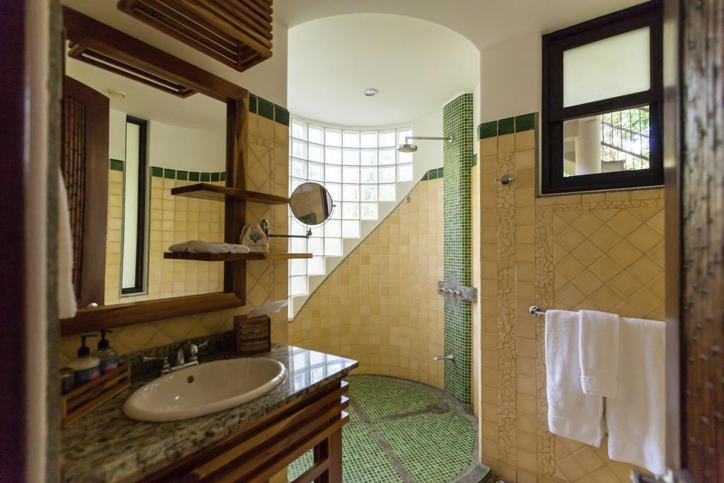 Arenas Del Mar Beachfront & Rainforest Resort, Quepos Image 9