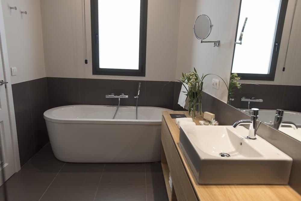 Casagrand Luxury Suites Image 15