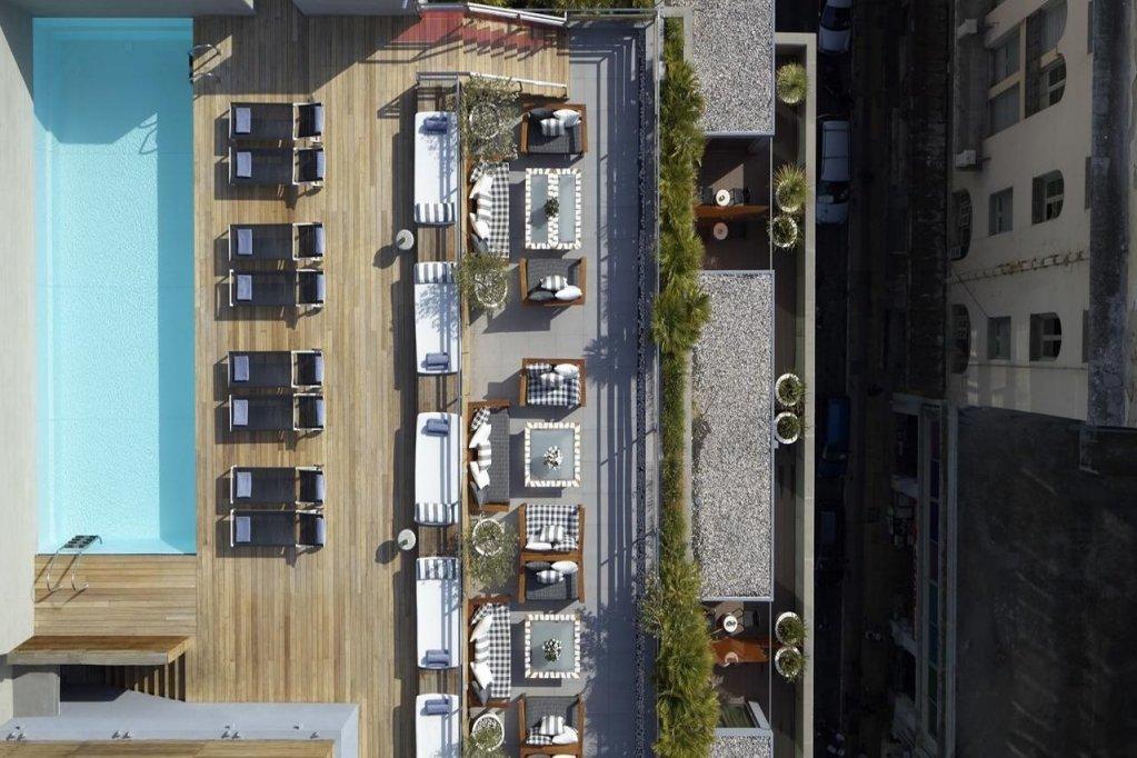 Fresh Hotel Image 3