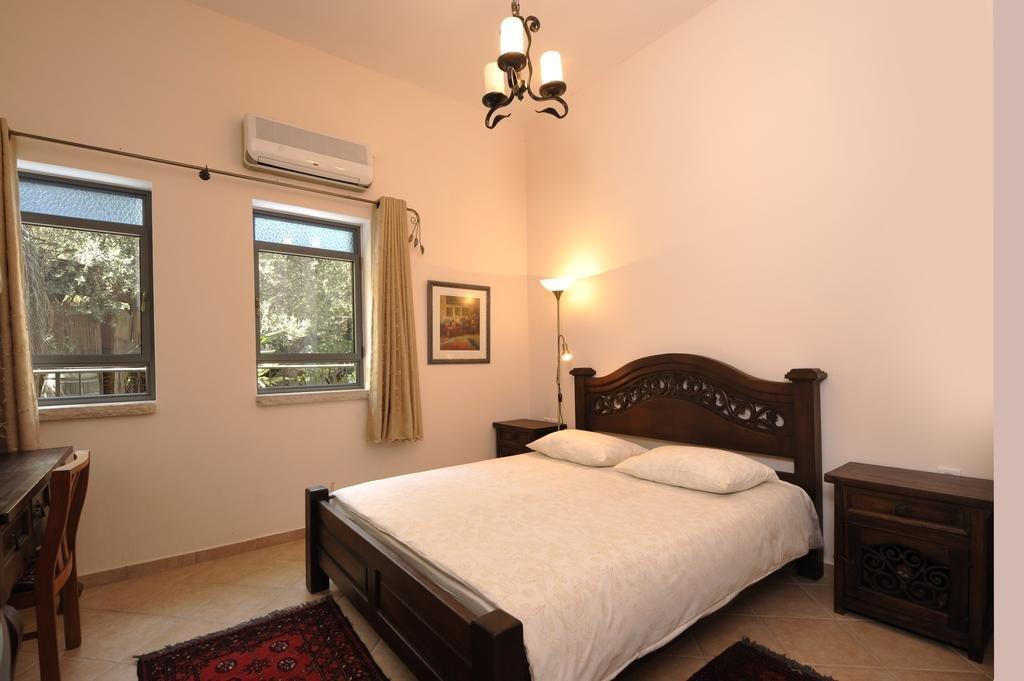 Hameiri Estate, Rosh Pina Image 10