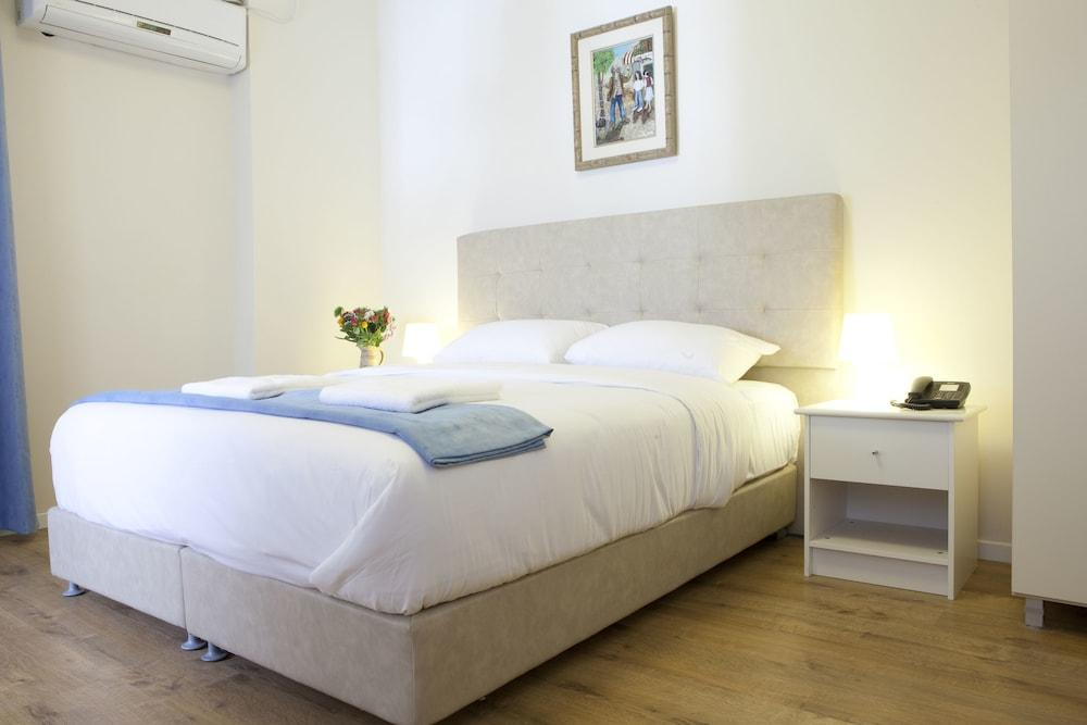 Blue Sea Marble Hotel, Tel Aviv Image 1