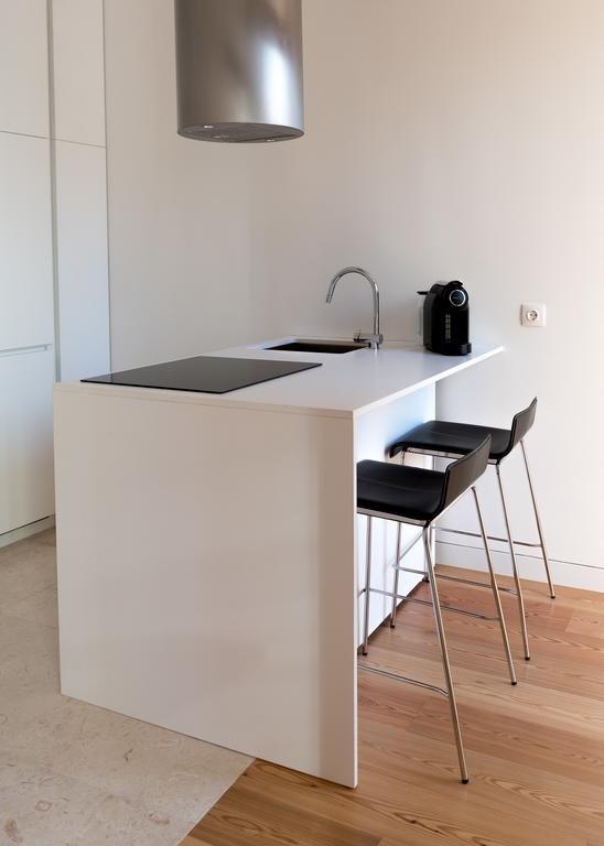Flora Chiado Apartments Image 3