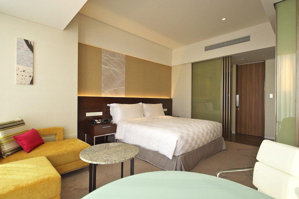 Osaka Marriott Miyako Hotel Image 40