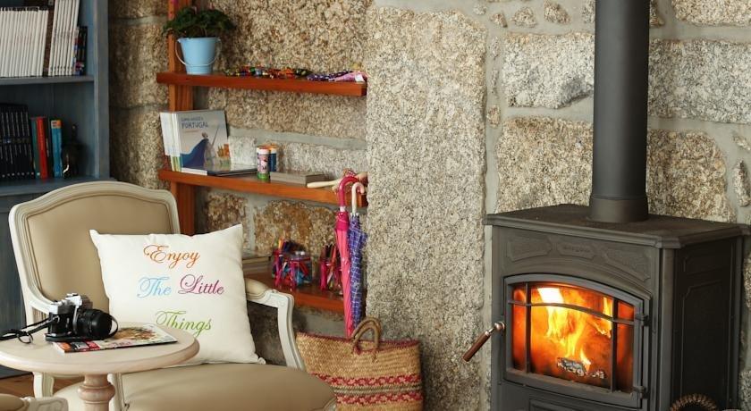 Solar Egas Moniz Charming House & Local Experiences Image 23