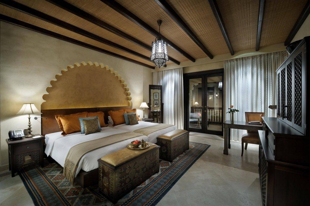 Anantara Qasr Al Sarab Desert Resort, Abu Dhabi Image 1