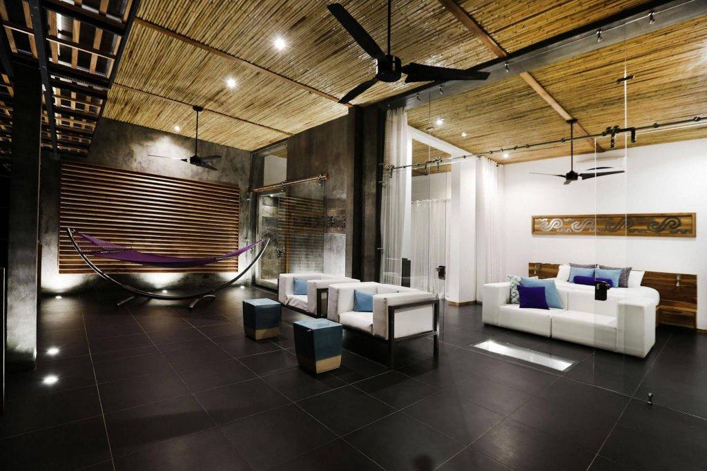 Kura Design Villas Image 7