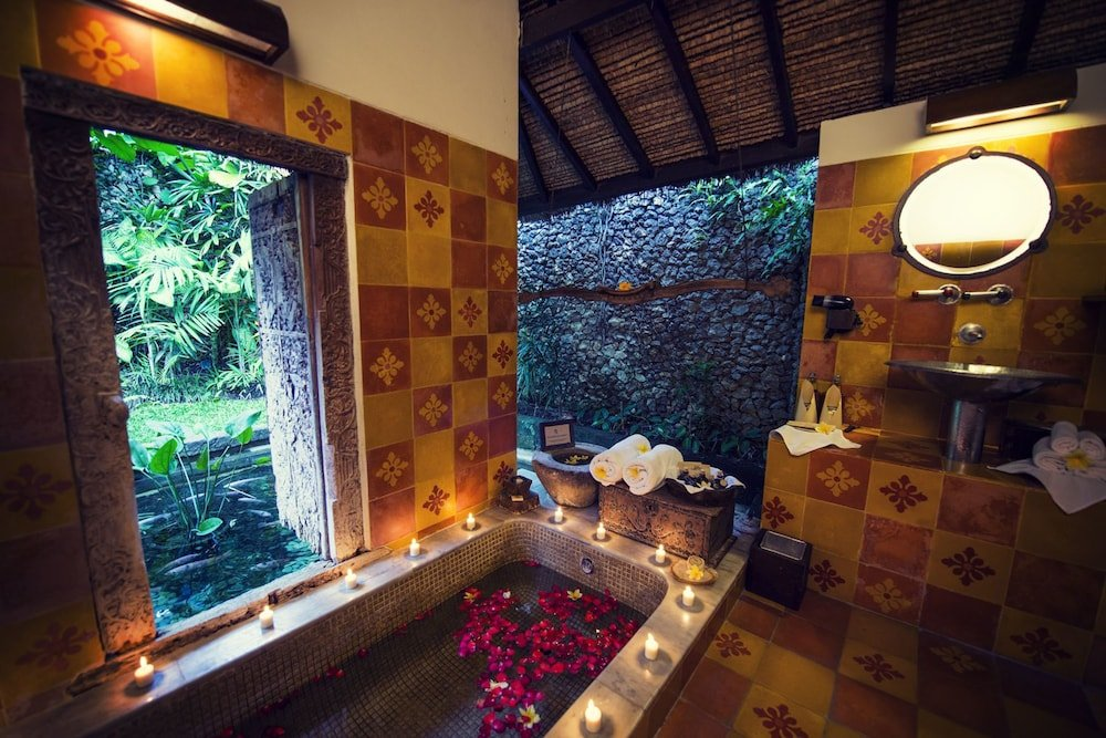 Tugu Bali Image 31