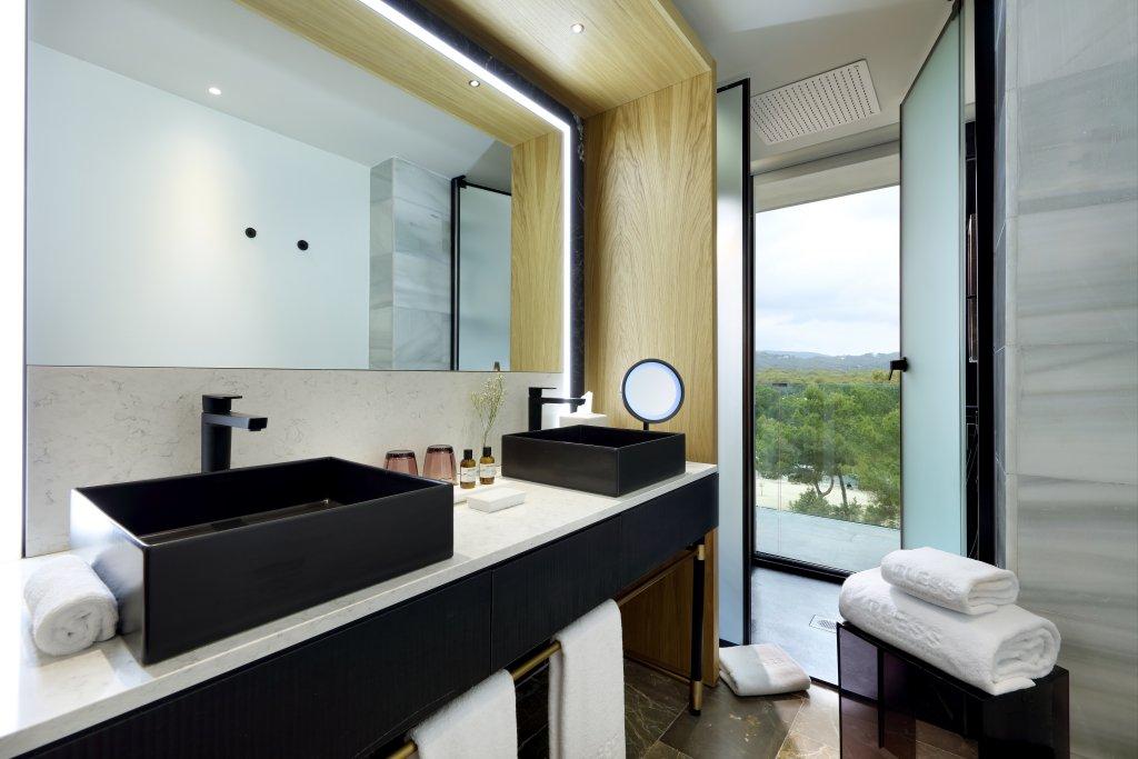 Bless Hotel Ibiza Image 25