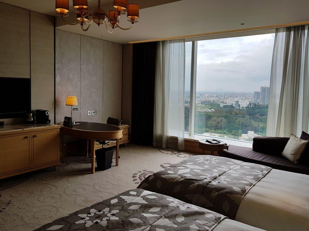 Shangri-la Hotel Bangalore Image 4
